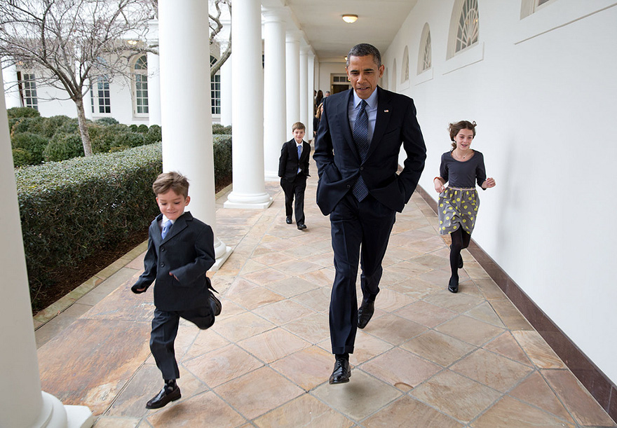 barack-obama-photographer-pete-souza-white-house-183-5763f517b0c61__880