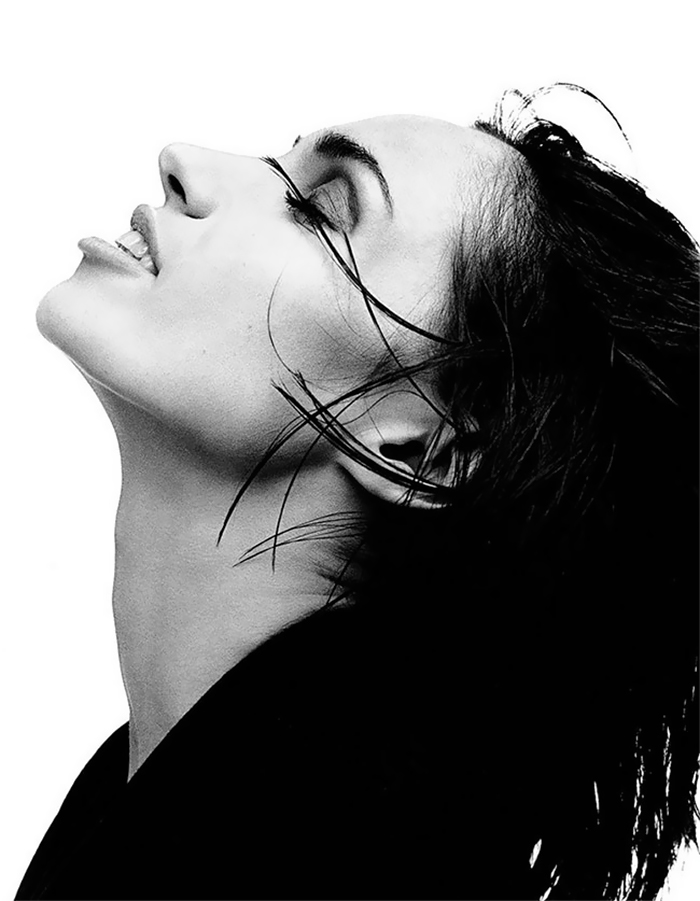 black-and-white-celebrity-portraits-kate-barry-6-5a0aaa5bf0756__700